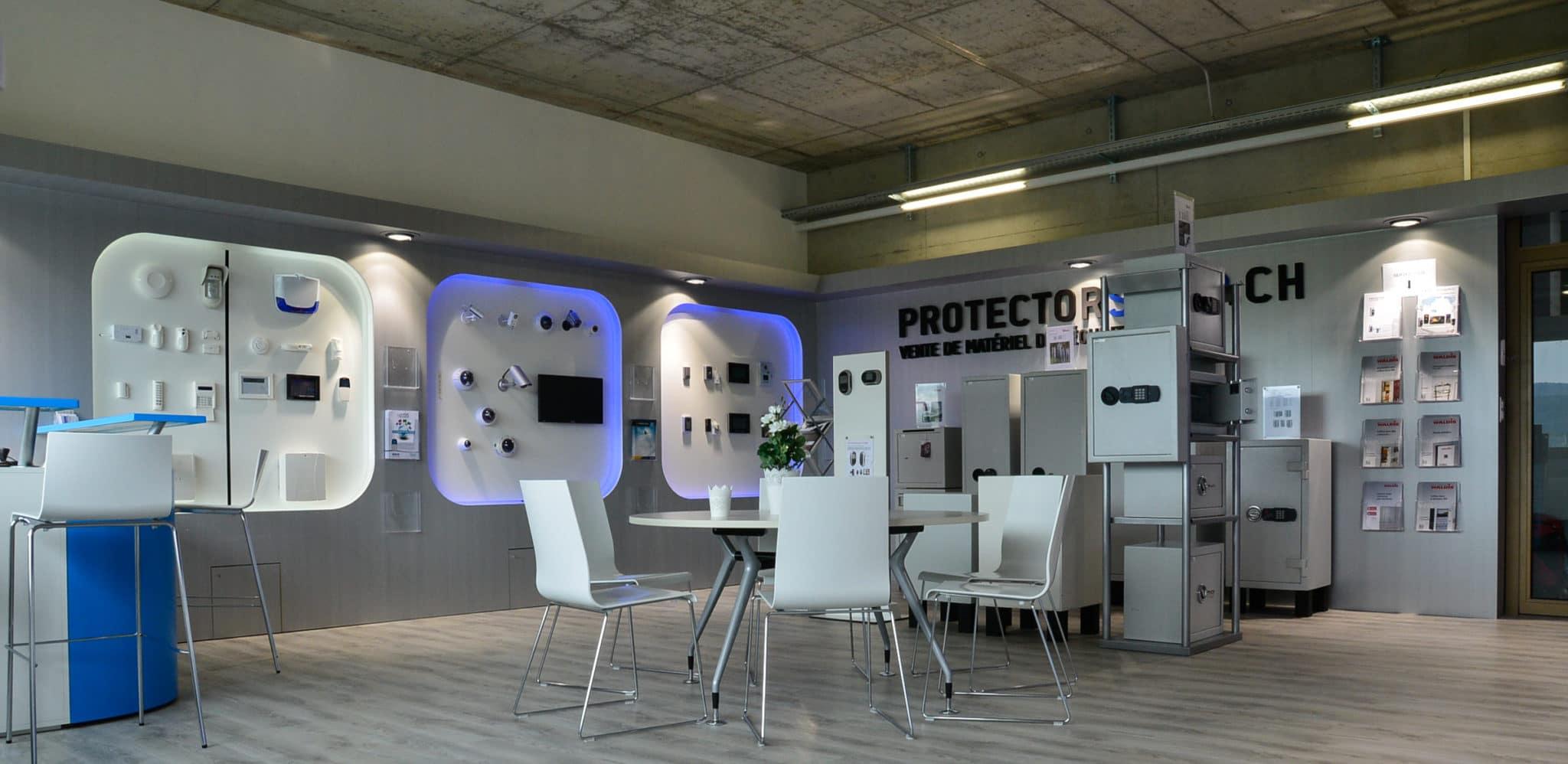 Photo de plusieurs produits proposés par Protector Sécurité.